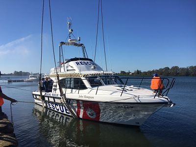 PS31 hits the water_opt